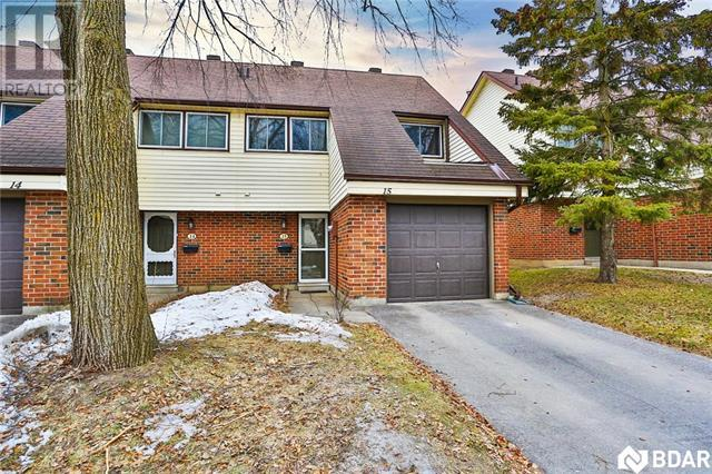 Real Estate -   15 -  28 Donald Street, Barrie, Ontario -