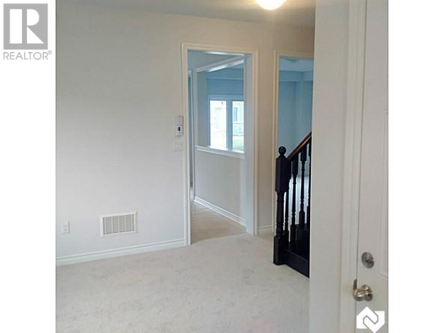 Real Estate -   40 BATTALION Drive, Essa, Ontario -