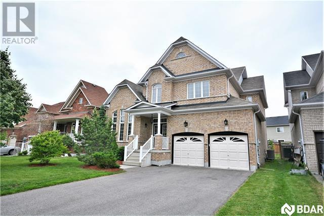 Real Estate Listing   41 REGALIA Way Barrie