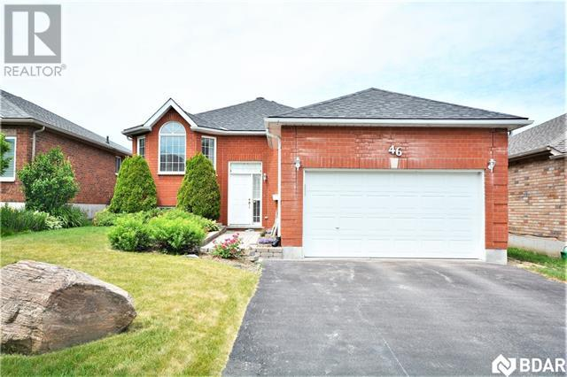 Real Estate Listing   46 FOREST DALE Drive Barrie