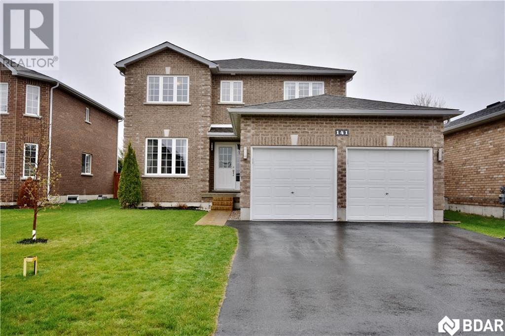 Real Estate -   141 ARNOLD Crescent, Angus, Ontario -