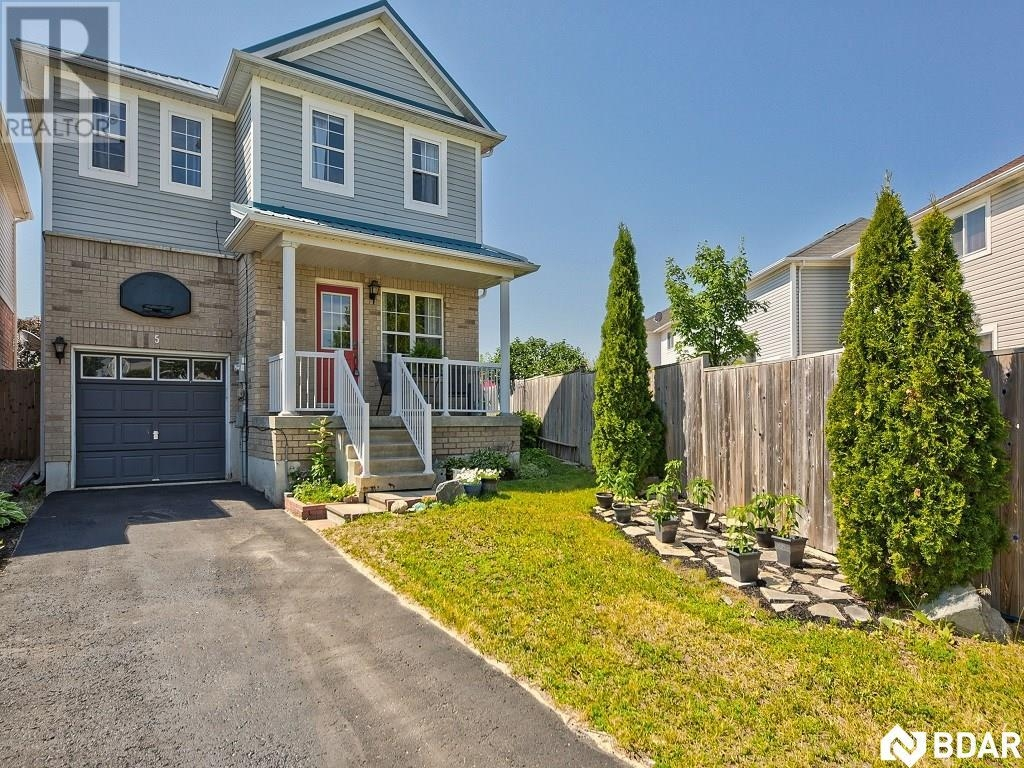 Real Estate Listing   5 TRUAX Crescent Angus