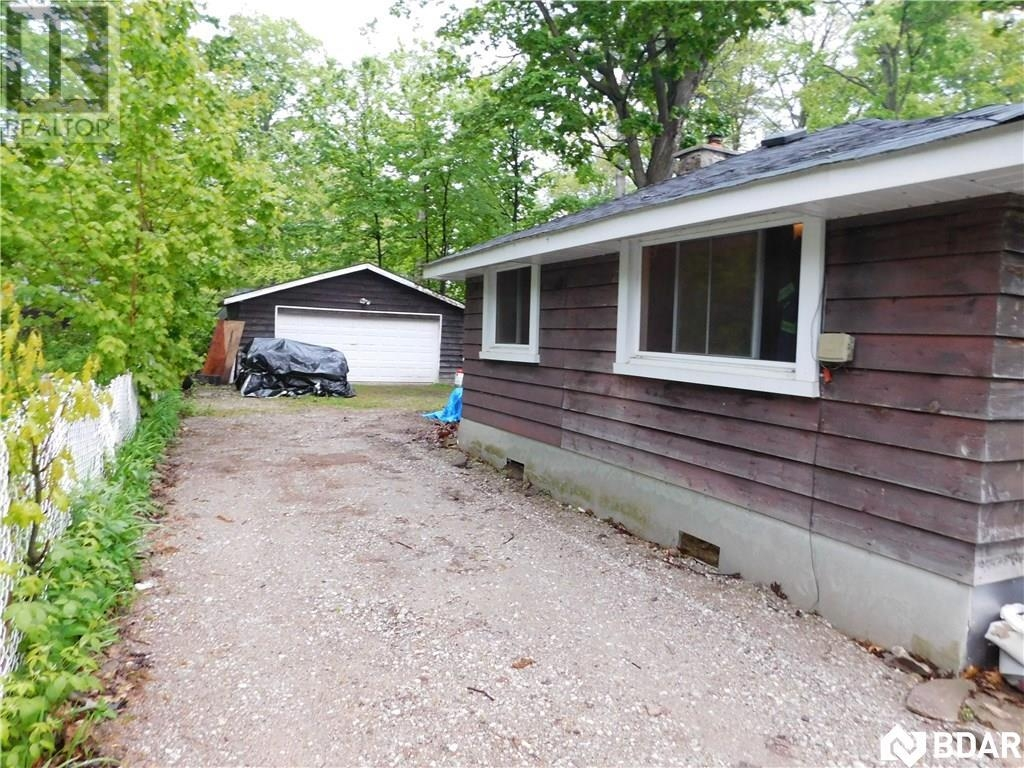 Real Estate -   3923 ALGONQUIN Avenue, Innisfil, Ontario -